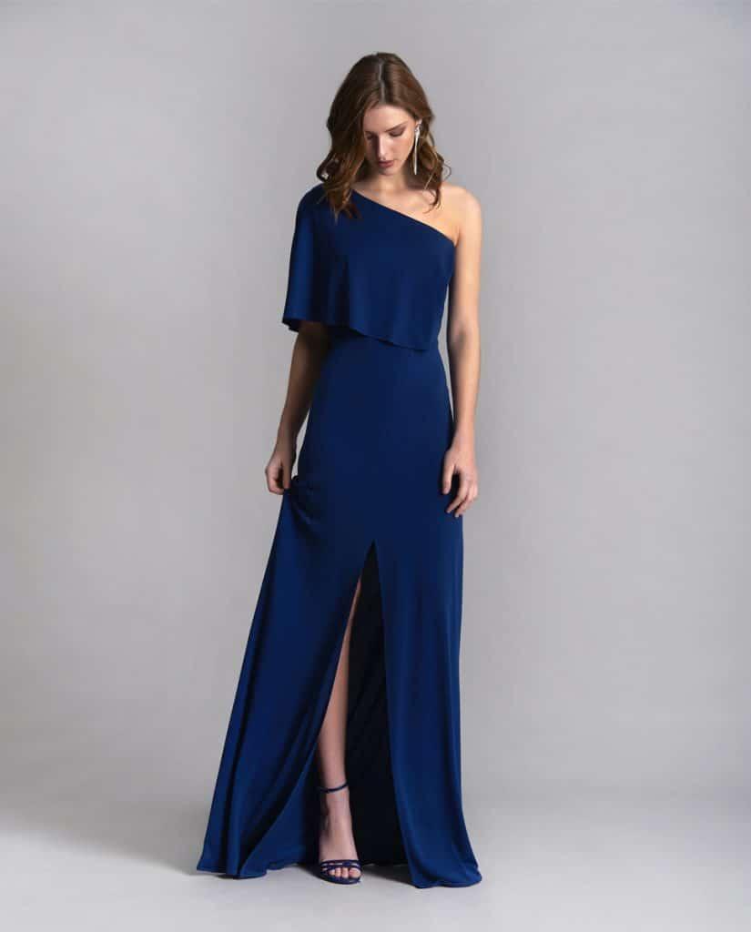 Cómo vestirse para una boda de noche