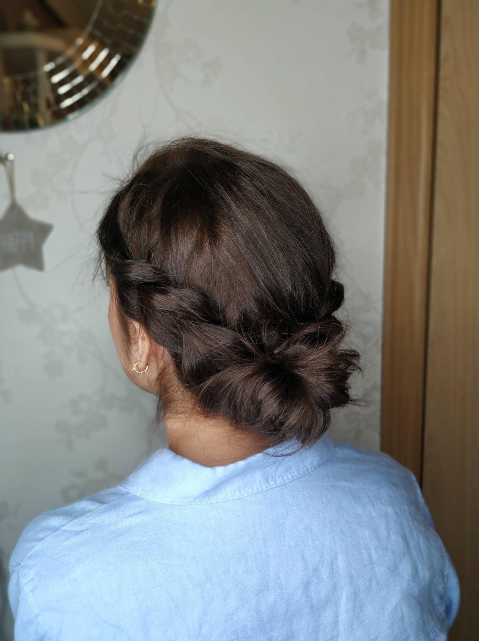 Peinados pelo corto para invitada de boda