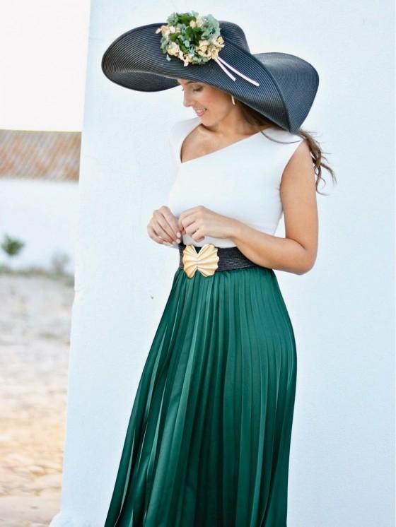Cómo combinar una falda plisada