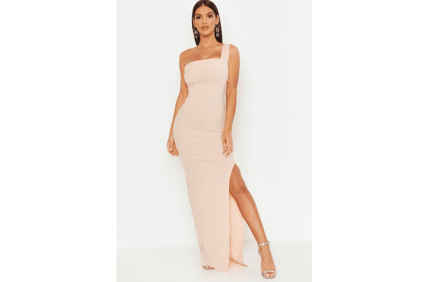 15 vestidos low cost para invitadas de boda – Boohoo 5