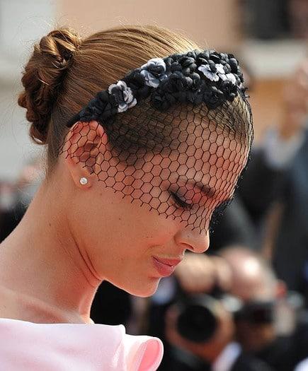 10 peinados para lucir tu diadema de invitada de boda 10